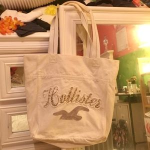 •NWOT• Hollister Cream/Off White Tote